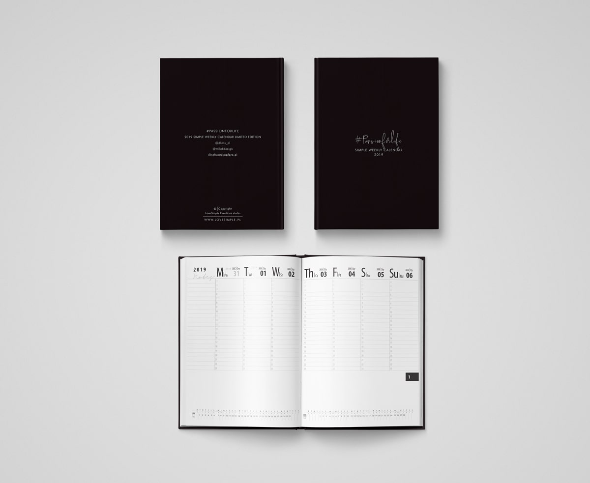 2019_Simple_Weekly_Calendar_cover_weekplan_mockup-min